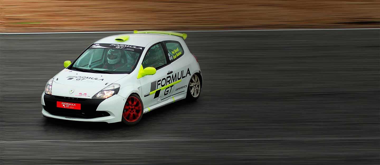Conducir Clio Cup en el Circuit de Barcelona-Catalunya de Montmeló